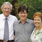 Scott Ford con sus padres
