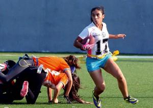Alejandra Cuesta practica el flag football desde los 16 años de edad y planea seguir jugando hasta que su cuerpo se lo permita.