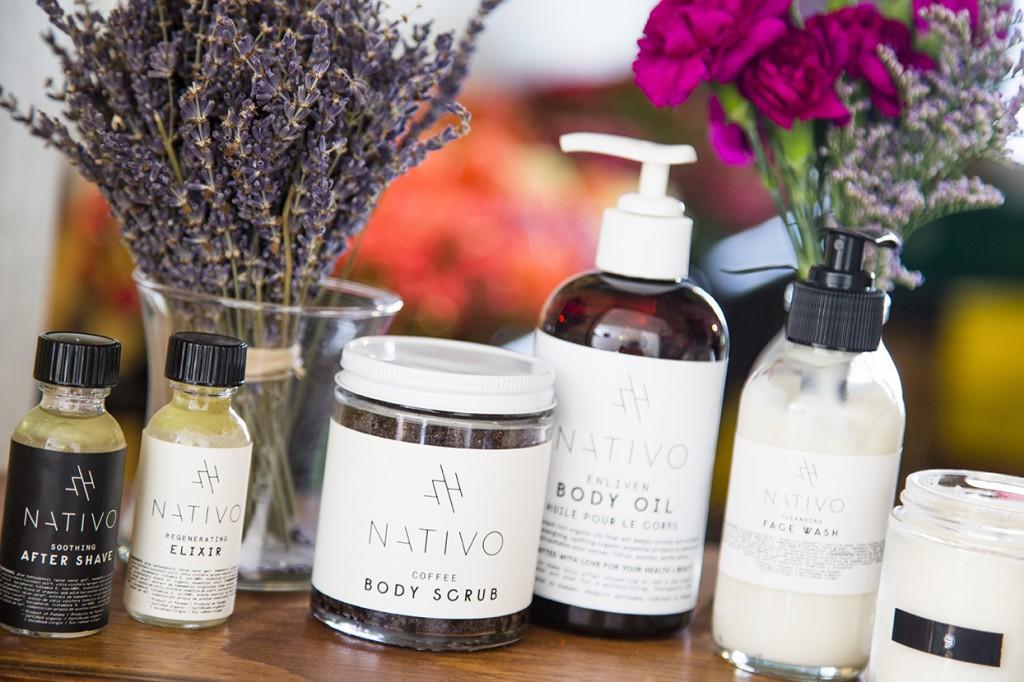 Neira se basa en el herbalismo y la aromaterapia para crear los productos. Su bestseller es el Elixir, un tratamiento facial, tipo tónico, que te ayuda a eliminar irritaciones de la piel.