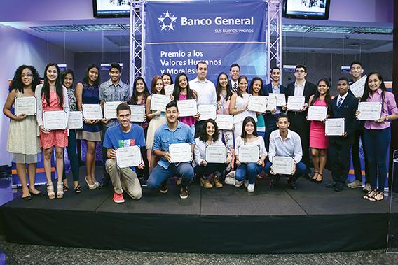 Desde hace 31 años, Banco General entrega anualmente el Premio a los Valores Humanos y Morales a estudiantes graduandos de escuelas públicas y privadas que se hayan destacado por sus acciones solidarias, caritativas y de apoyo a los demás a lo largo de su vida estudiantil. De esta manera el banco promueve los valores en la comunidad.